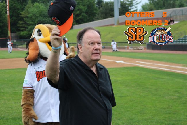 Boomers Halted by Otters in Series Opener