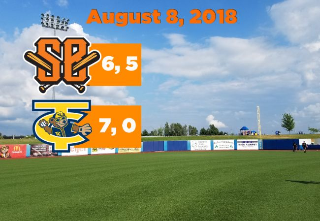Boomers Split Doubleheader at Traverse City