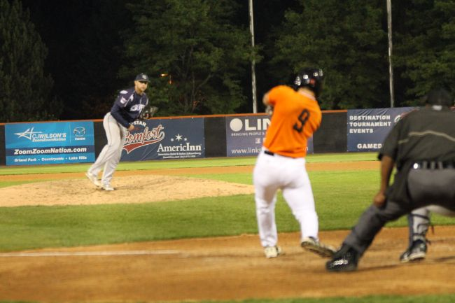 Boomers Drop Extra-Inning Affair