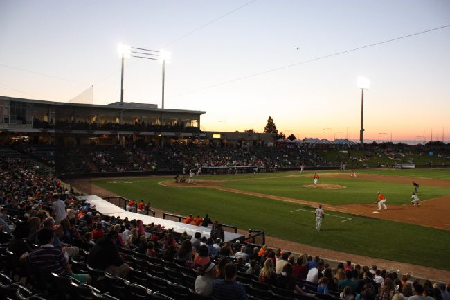 Boomers Swept in Doubleheader