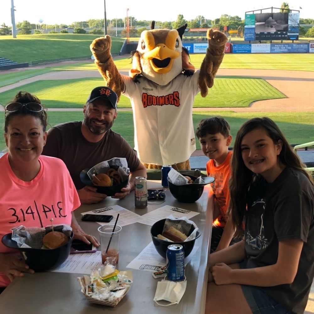 Outdoor Dining at Boomers Stadium