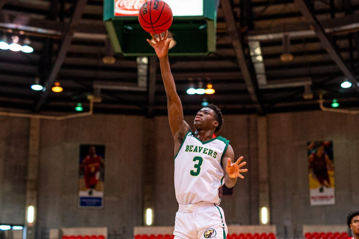 Two Beavers near double-doubles as Men's Basketball falls at Minot State