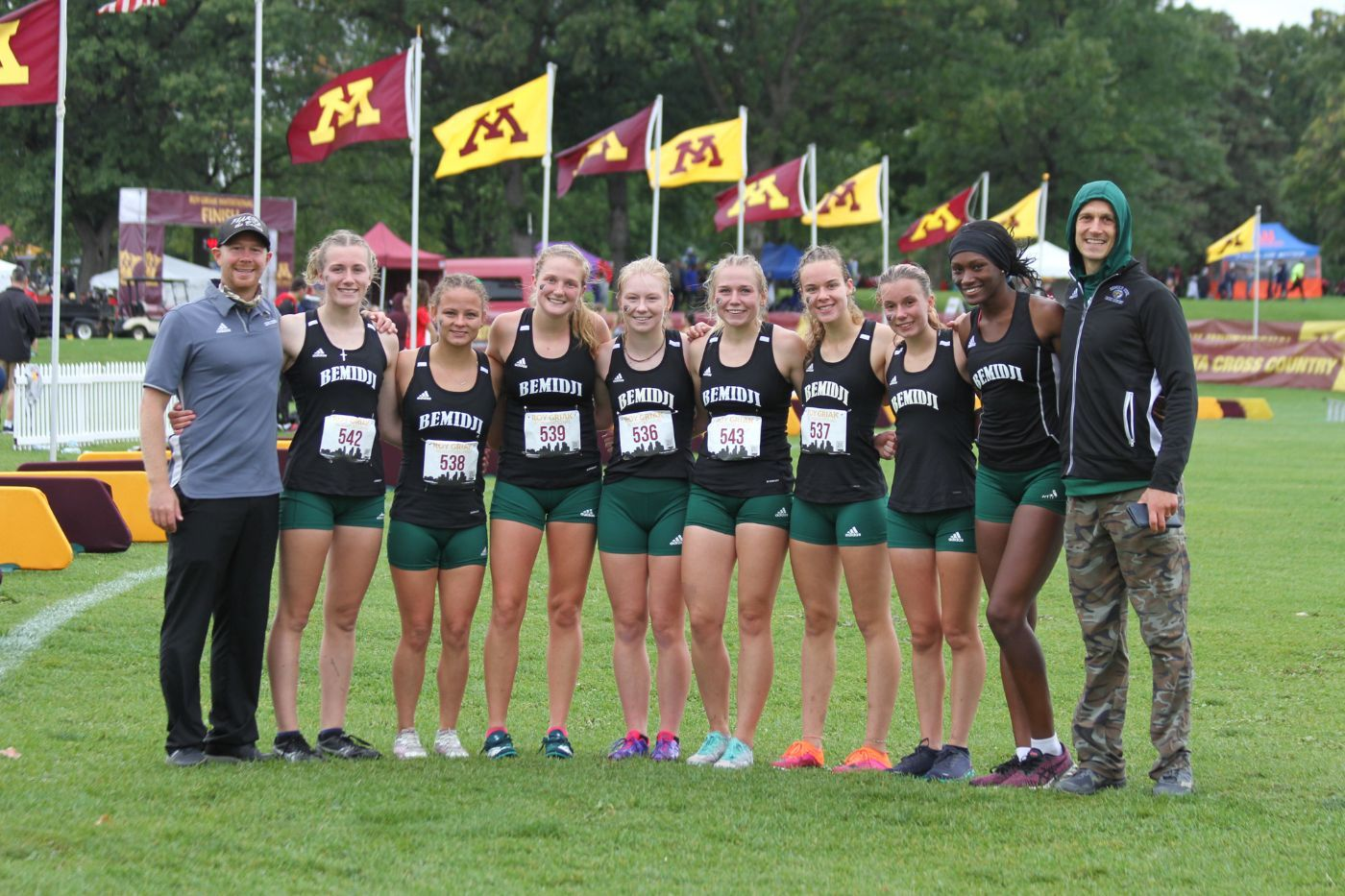 Goodwin, Prigge take top 50 finishes for cross country at Roy Griak Invitational