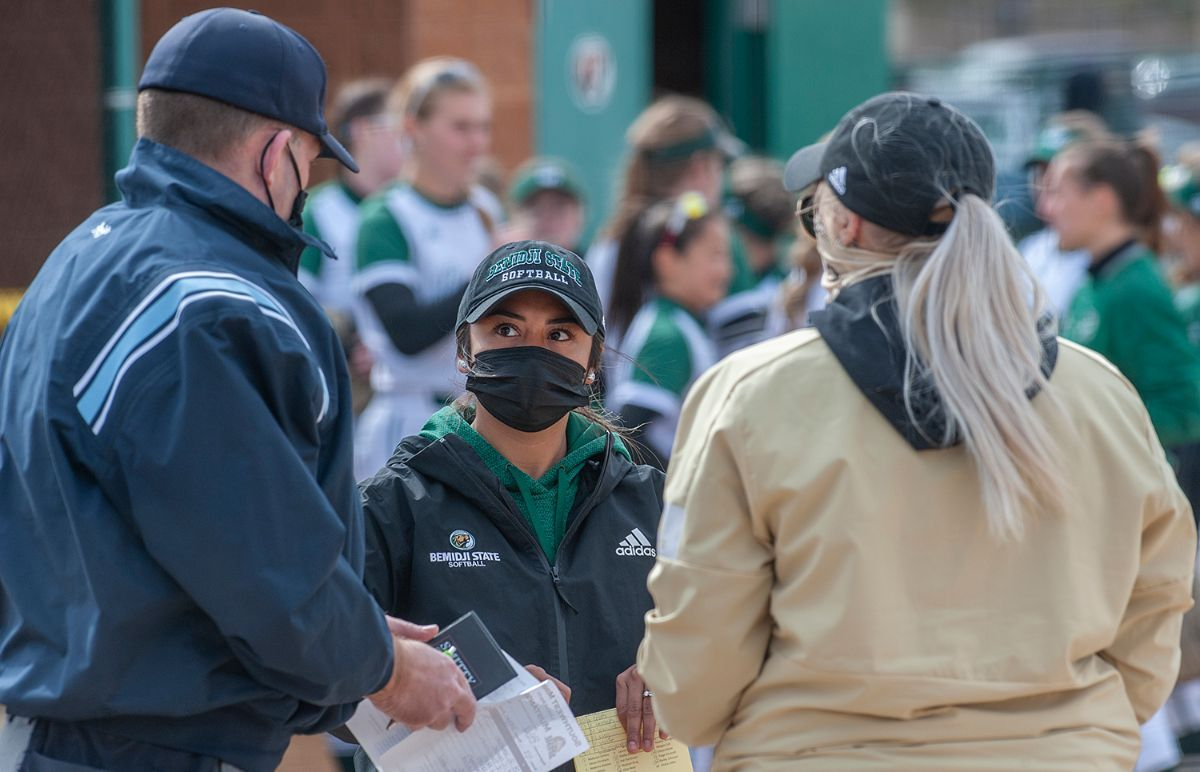 Beavers' doubleheader at Wayne State cancelled