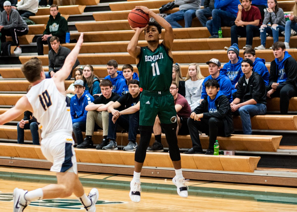 Bjorklund lifts Men's Basketball to 78-64 win with career-high 23 points