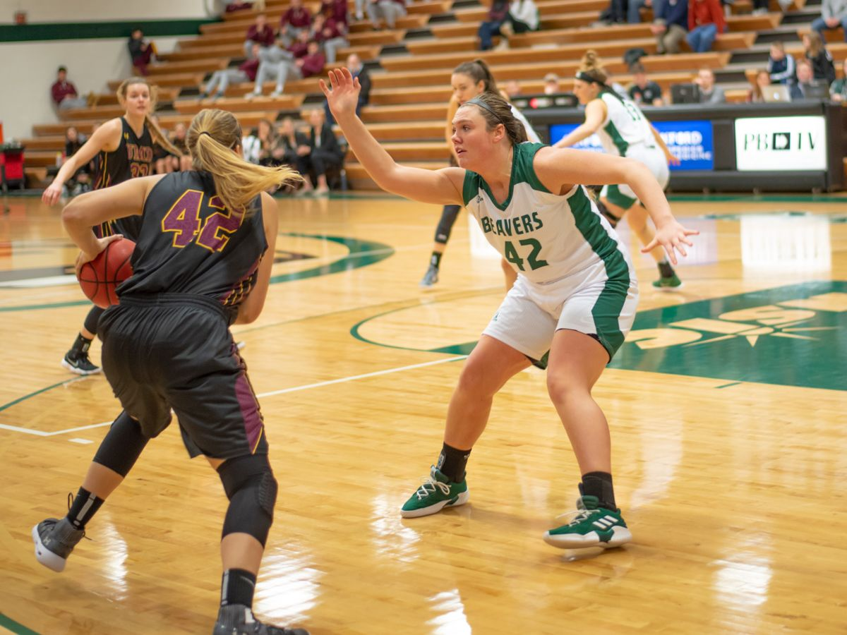 Dragons sneak away with 62-54 win over Beavers