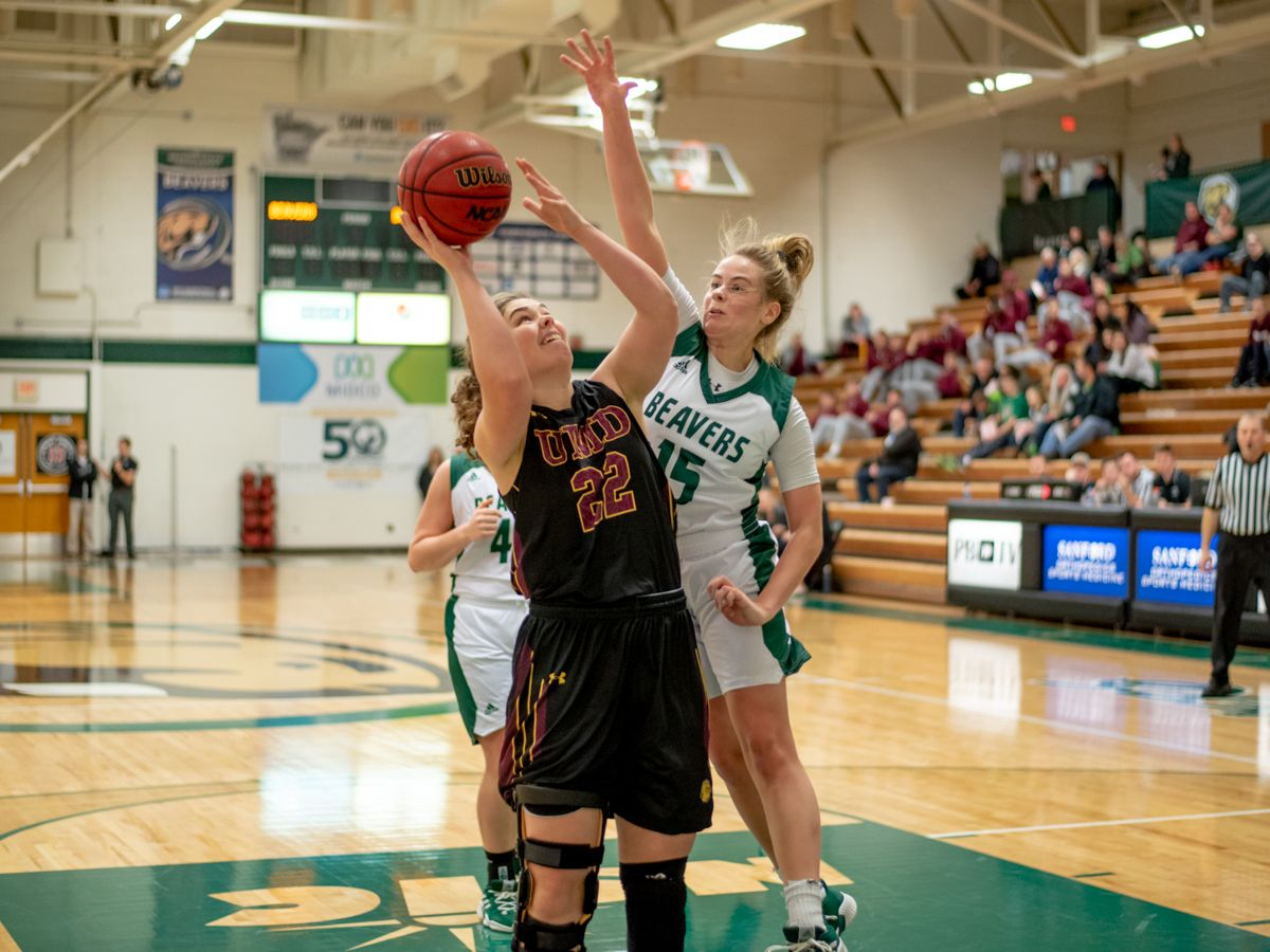Wolves pull away to hand Beavers 56-47 loss Saturday