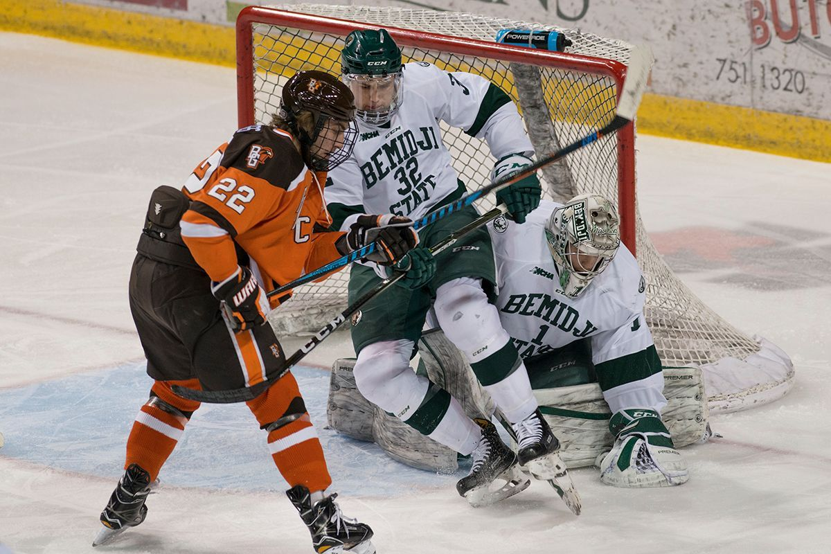 Beavers return to WCHA play with trip to Bowling Green