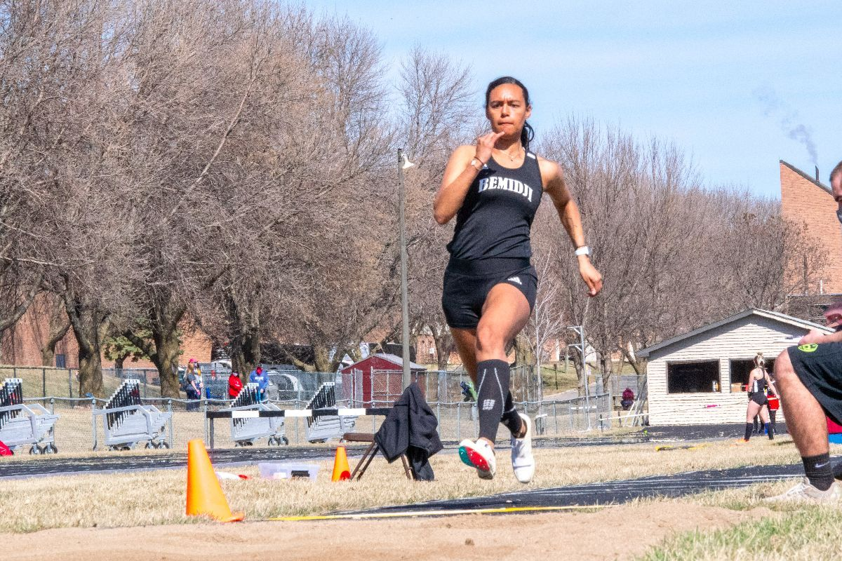 Three top-10 program marks set as Track & Field wraps up weekend