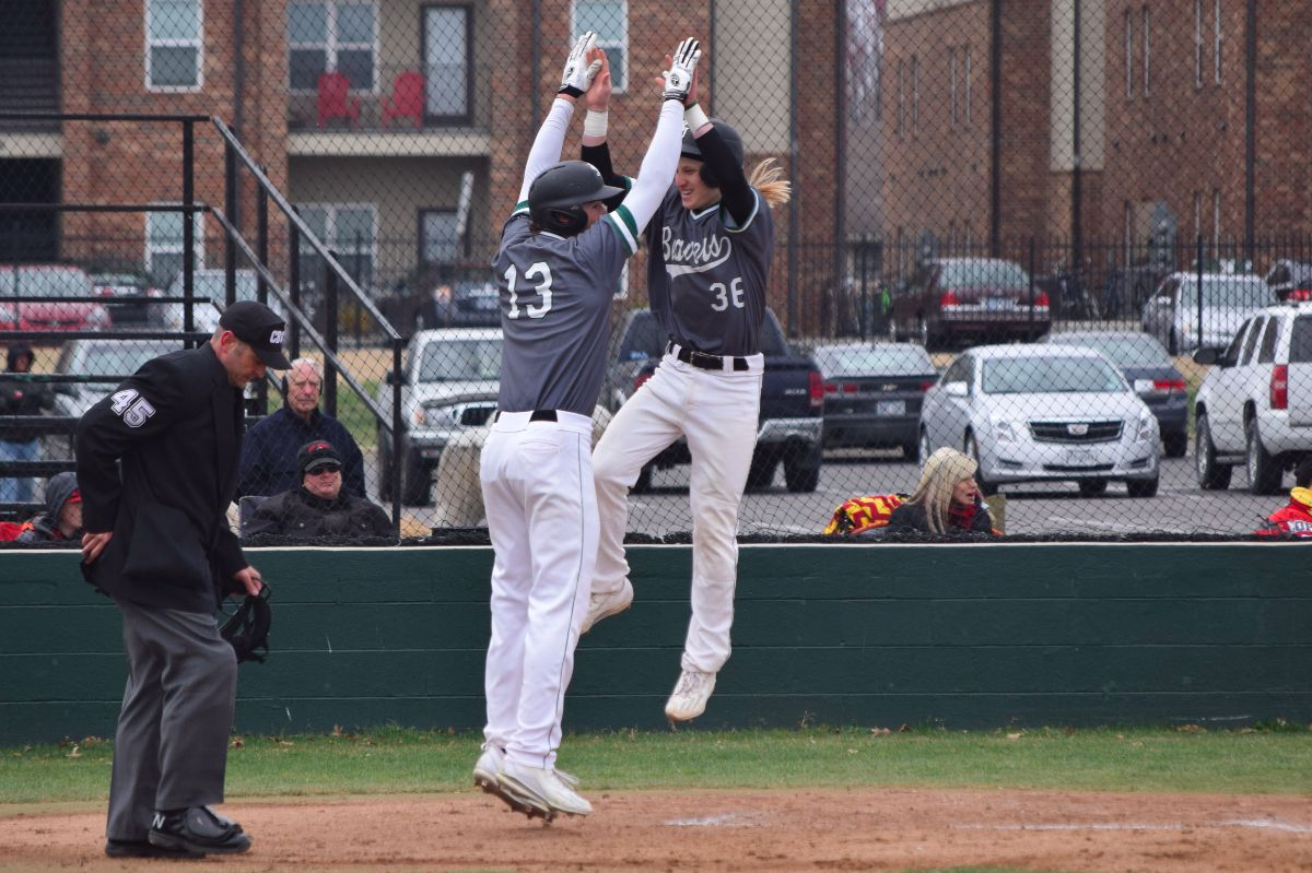 Third inning doubles lead to 6-3 Beavers win over Gorillas