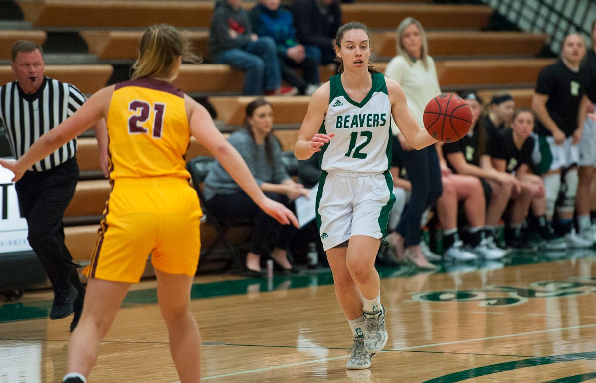 Balanced scoring gives Women's Basketball 79-57 win versus Golden Eagles
