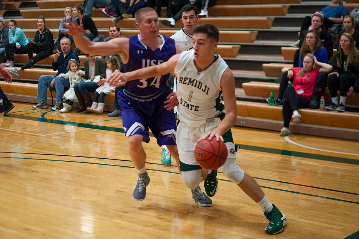 Beavers home playoff hopes dashed in 87-82 loss to Marauders