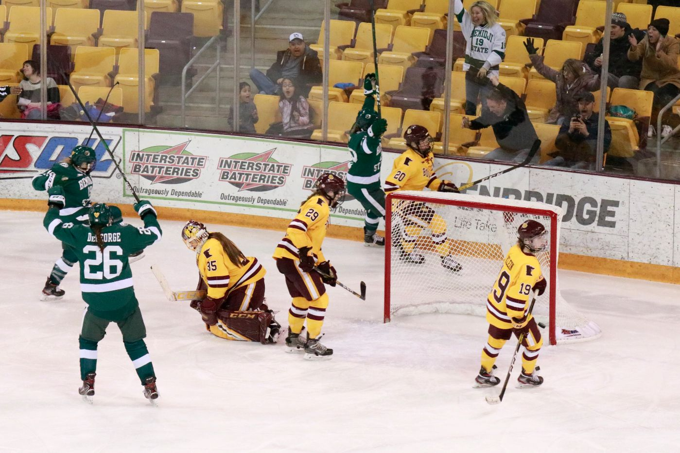 Hunt scores in fourth overtime to keep Beavers' season alive