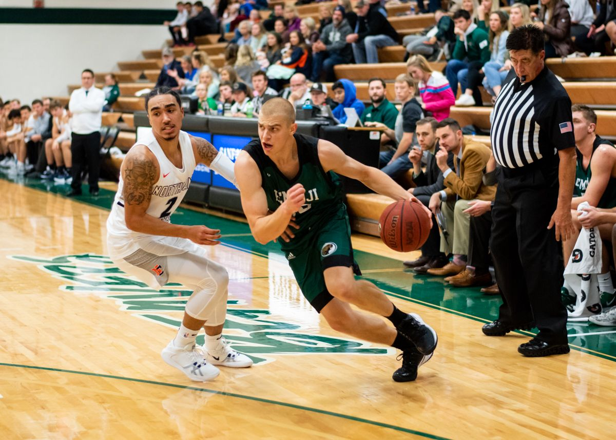 Wagner debuts with 30 points as Beavers shoot to 117-60 win over Lumberjacks