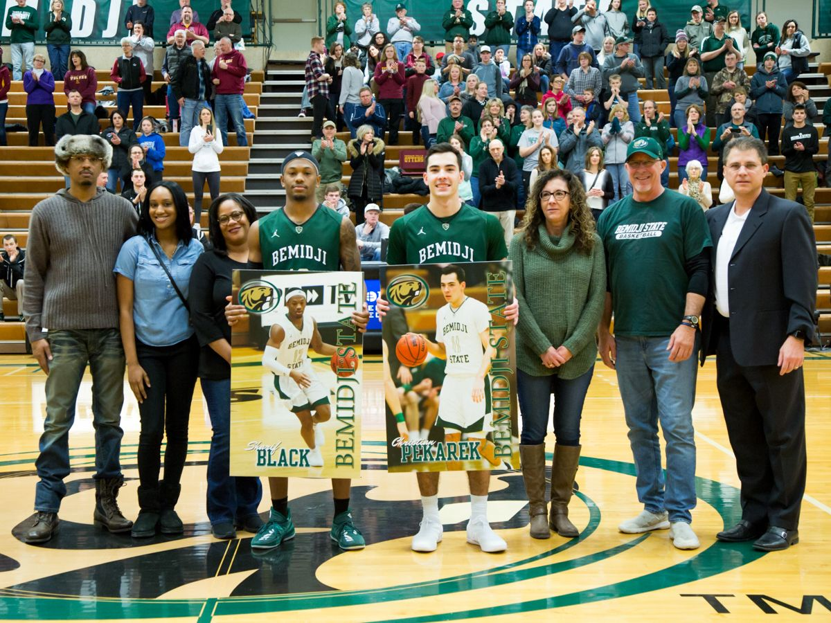 Black scores season-high 25 points on Senior Night in loss to Wolves