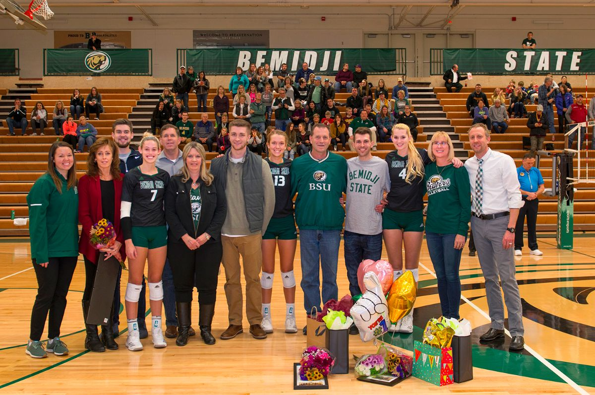 Beaver Volleyball honors three seniors in final match of 2018