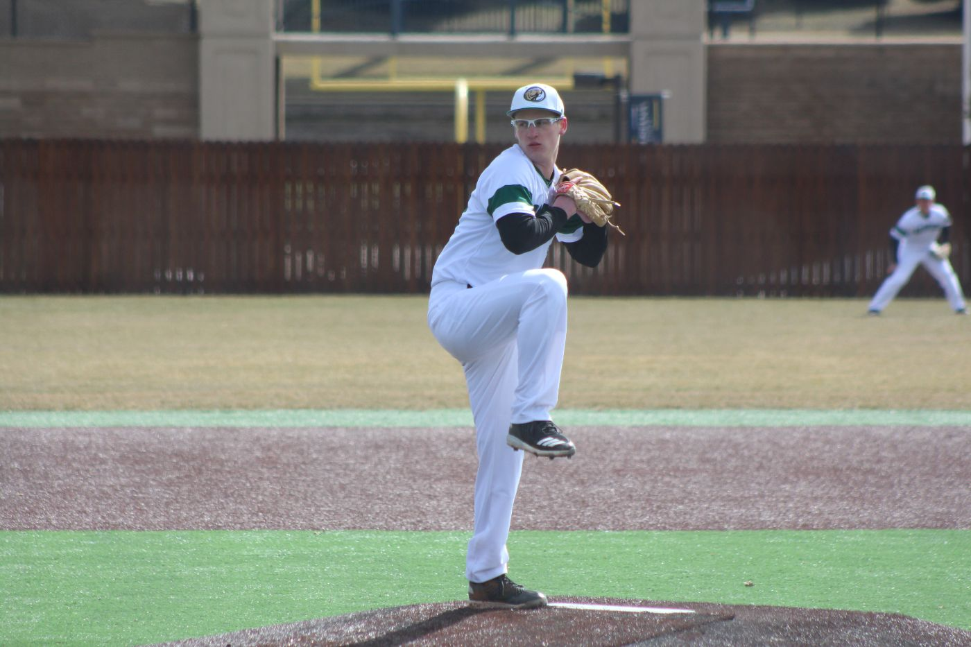 Vikings take opening day sweep over Beavers in doubleheader