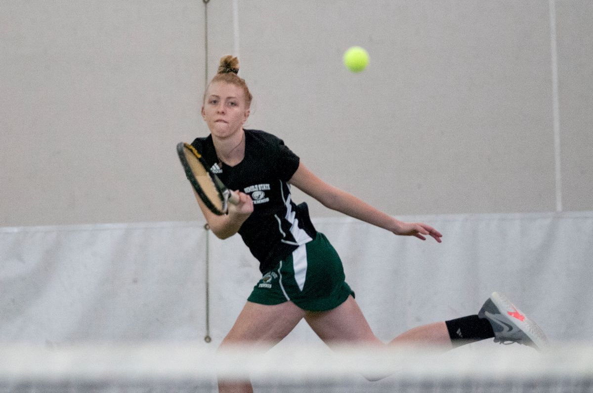 BSU Tennis splits day of fall play