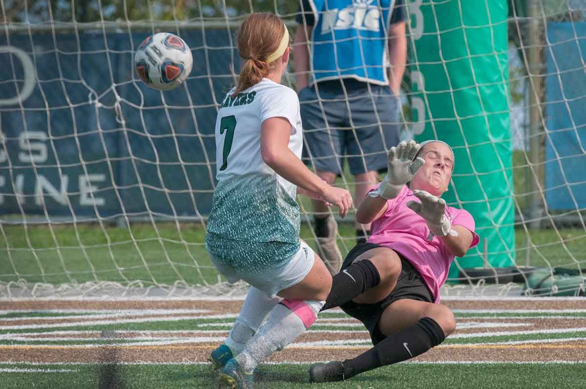 No. 14 Beavers hold on for 3-2 victory over Huskies