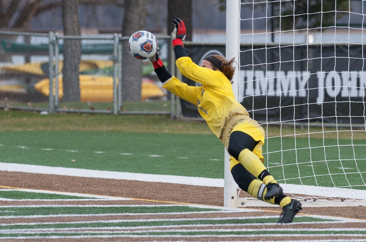 U-Mary outlasts Bemidji State in penalty kicks for NSIC Tournament win