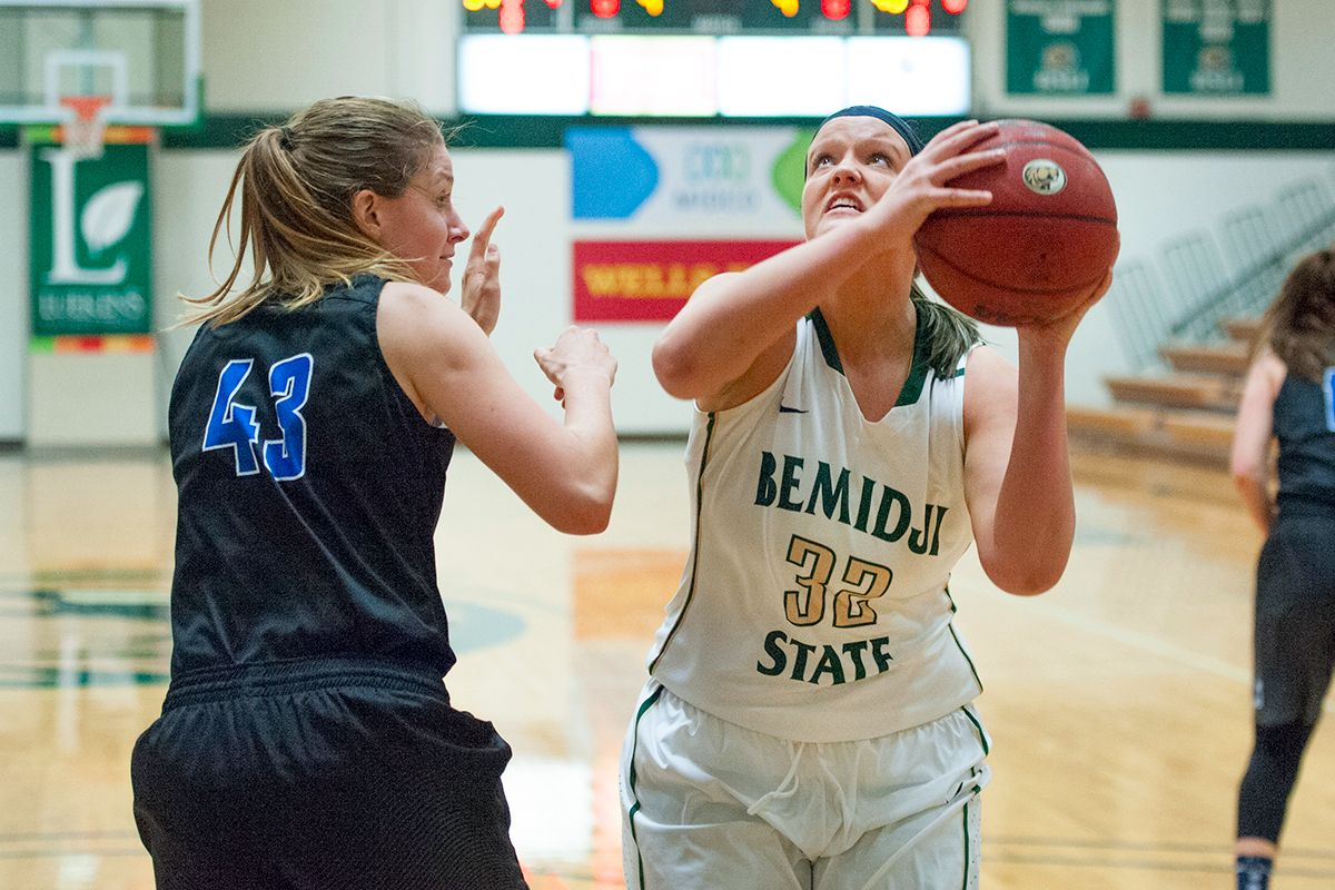 Late game surge too late in Women's Hoops 91-58 loss to Fort Hays State