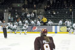 Women's Hockey vs Minnesota Duluth (Nov. 5, 2010)