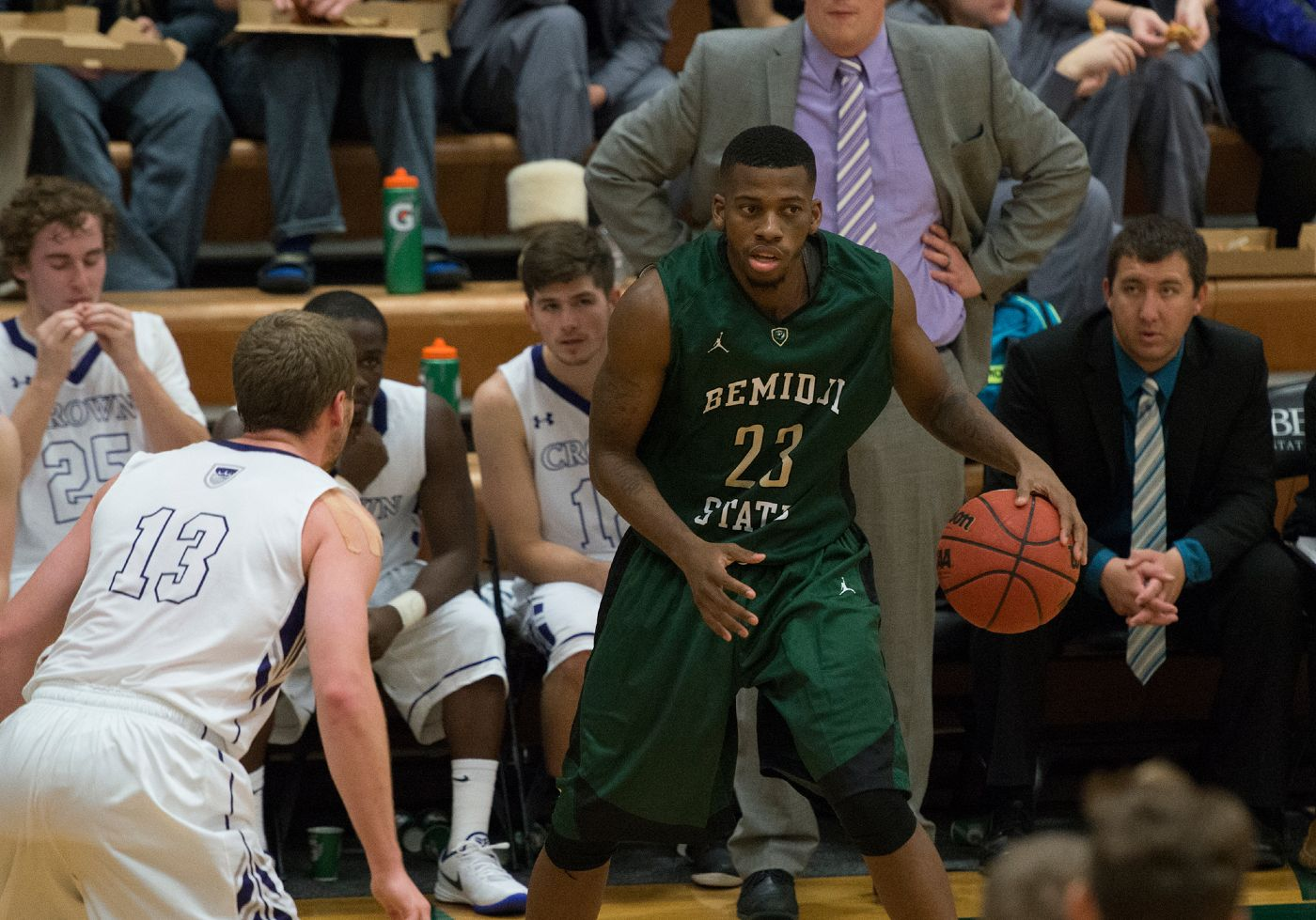 Womack sets scoring career high in 93-59 loss to No. 10 Dragons