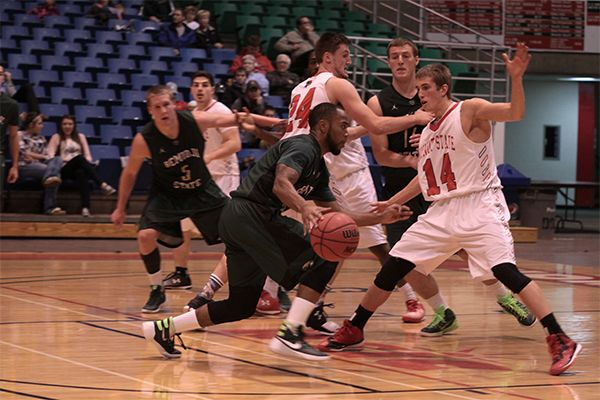 Minot State holds off Bemidji State, 77-73, in final minute