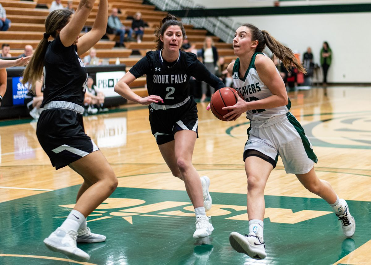 Women's Basketball travels for interdivisional matchup at CSP, MSU