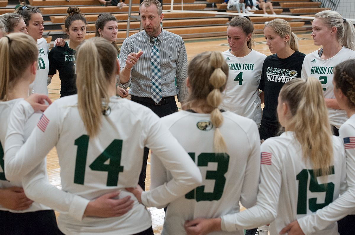 Bemidji State volleyball falls in three sets to Sioux Falls