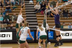 Volleyball vs. Sioux Falls (10/16/15)