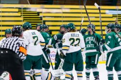 W Hockey at Vermont - By Brent Cizek (10/3/2015)