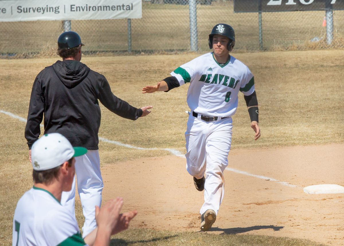 BSU comes back with big inning in split against U-Mary