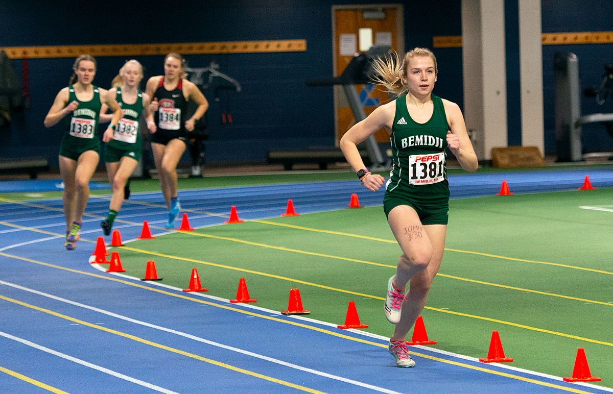 Prigge sets 1500m run record as Beaver Track & Field takes 12 event wins