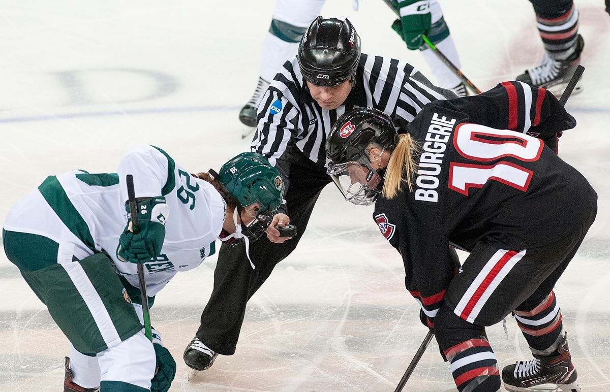Women's Hockey travels to St. Cloud State looking to end losing skid