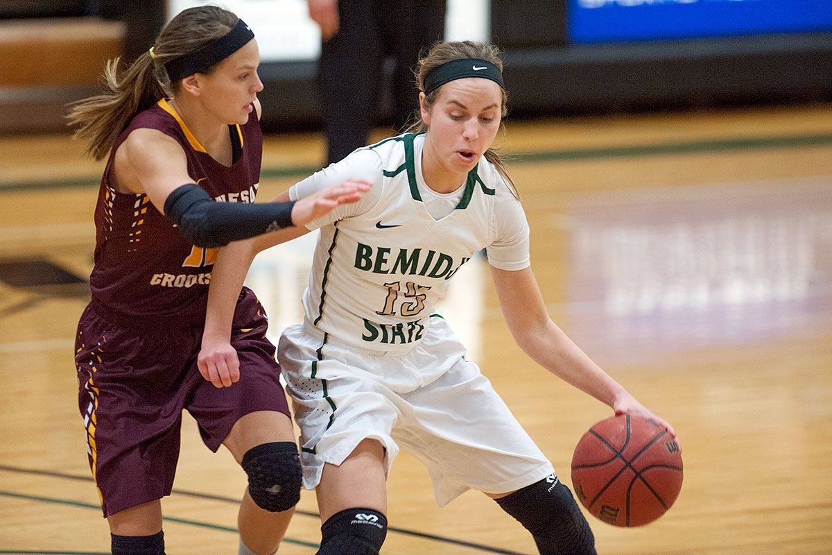 Sheley reaches century career mark in 83-76 loss to Golden Bears