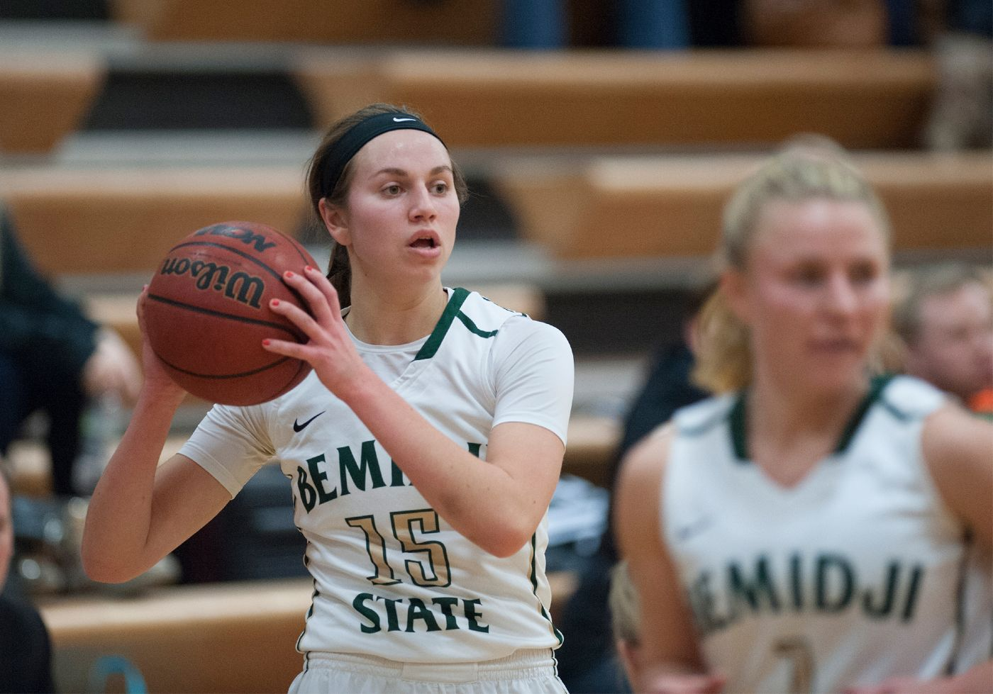 Sheley scores 20 in 74-58 loss at MSU Moorhead