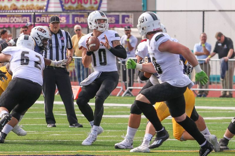 BSU uses complete performance for 42-14 win over Concordia-St. Paul