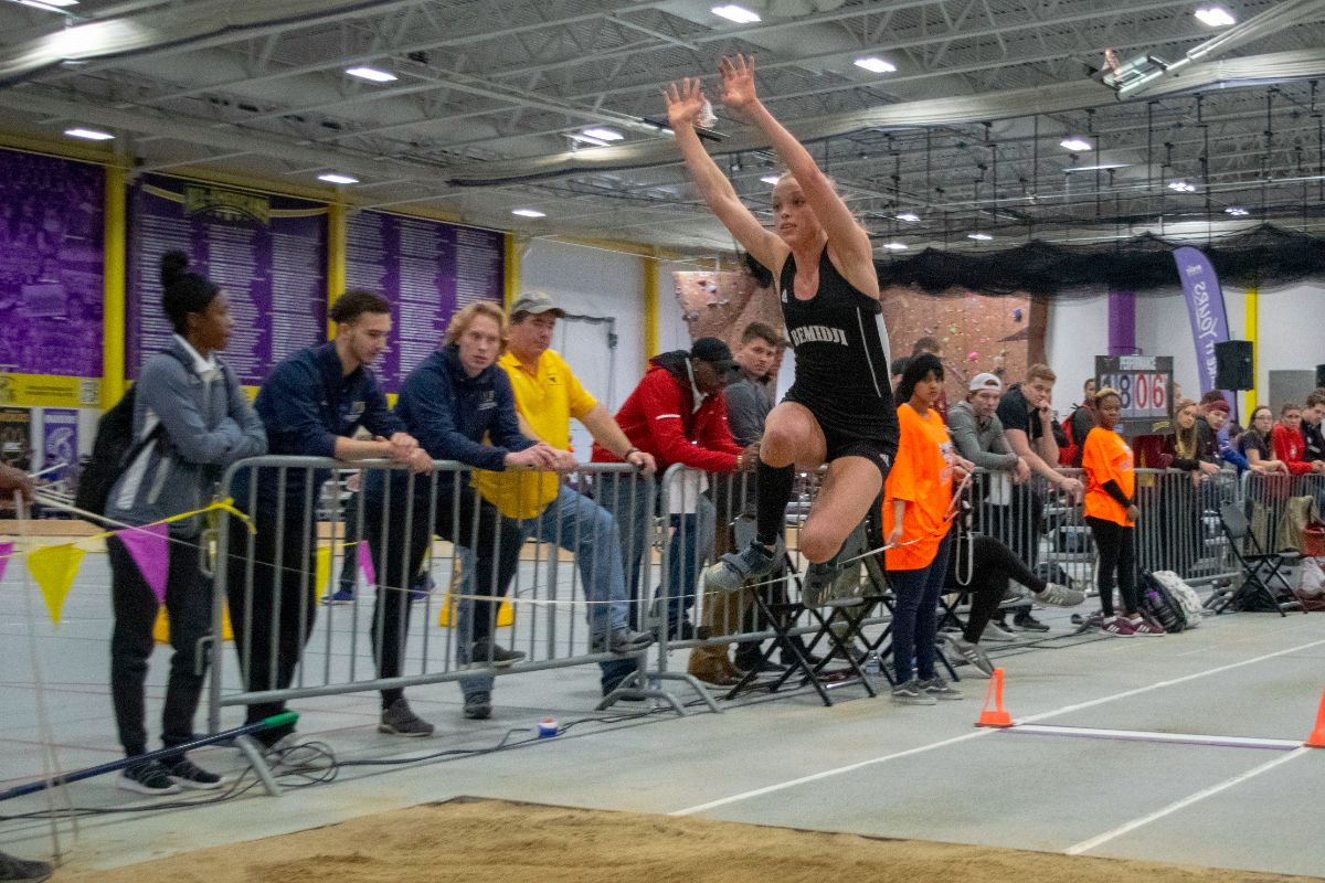 Fourteen personal records set as Beavers close NSIC Indoor Championships