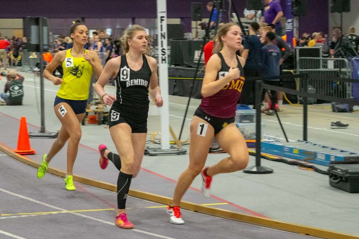 Track and Field begins indoor season at Dakota Classic, The Opener