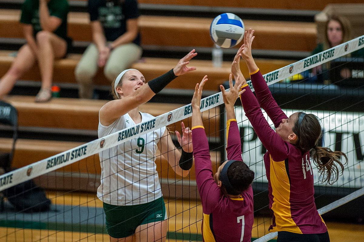 Yost leads Beavers with 10 kills as BSU falls to No. 7 Warriors