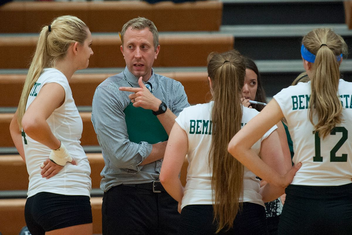 Beavers prepare for road trip at No. 2 Mustangs and Cougars