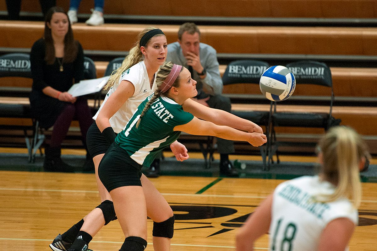 Bemidji State forces five sets against No. 8 Wayne State but fall 3-2