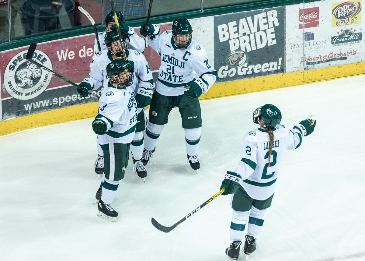 Beavers tie program record with sixth straight win in 3-2 victory over St. Cloud State