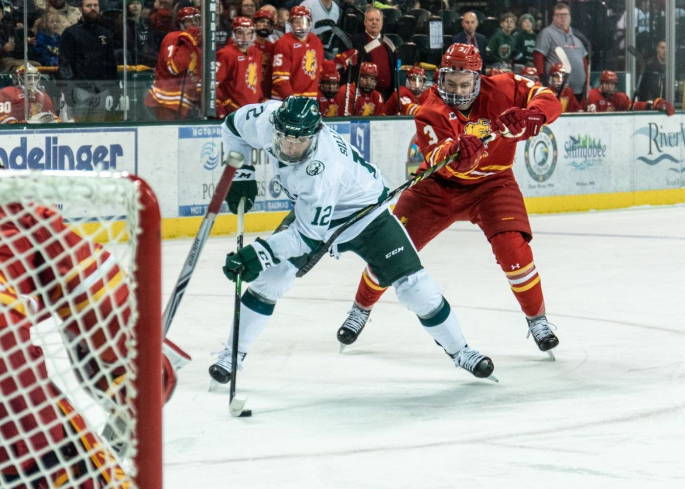 Owen Sillinger's five-point night propels BSU to 7-2 victory at Ferris State