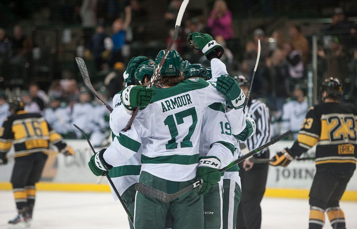 Bemidji State completes WCHA series sweep with 2-1 win at Michigan Tech