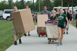M Hockey Move In (9/21/2015)