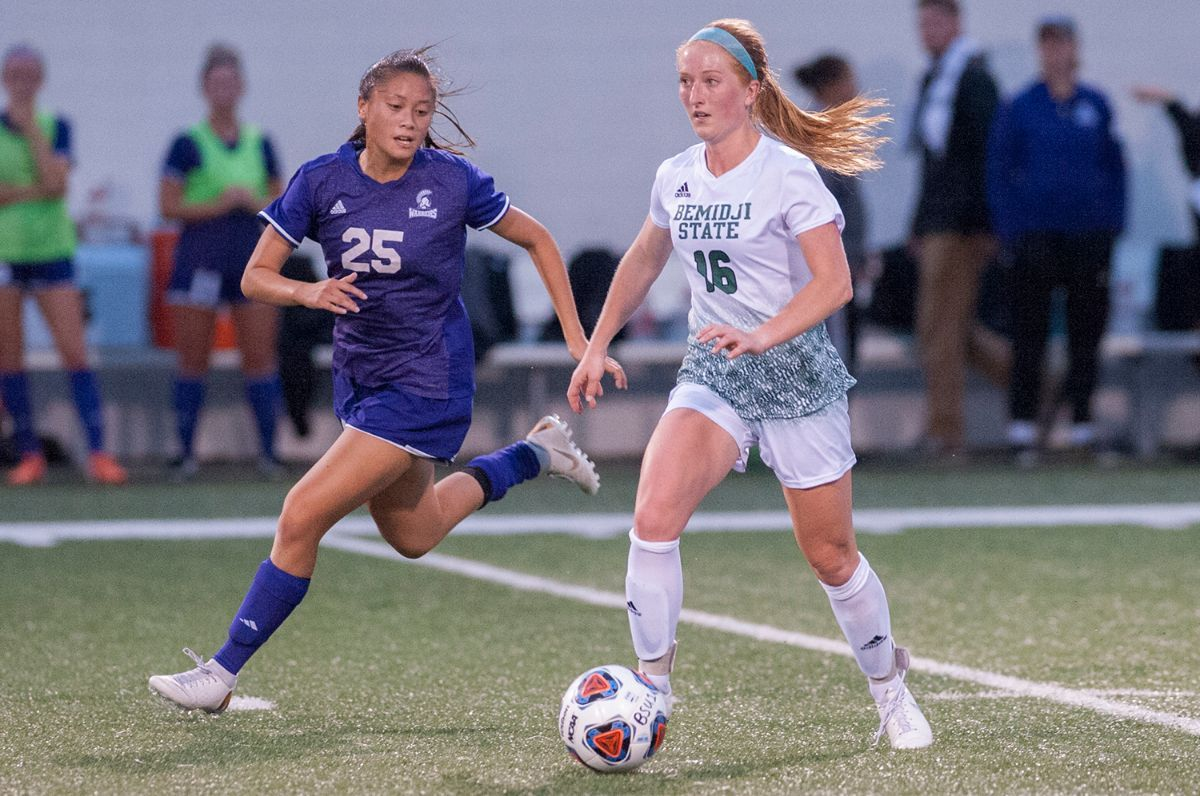Beavers top Winona State to open 2019 with a victory