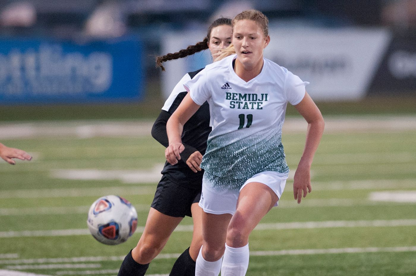 Becker and Bailey propel BSU to 3-0 victory over Wayne State