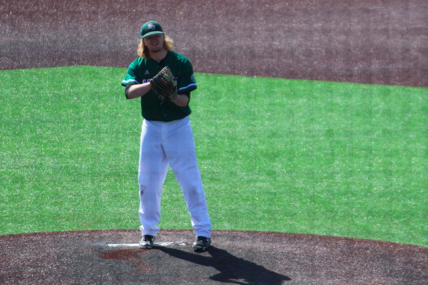 Cougars sweep Sunday doubleheader to win series over Beavers